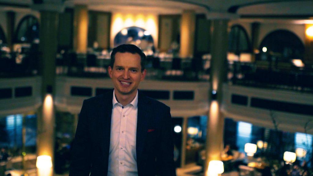Julian Eilert -. Der Weg zur ersten Million